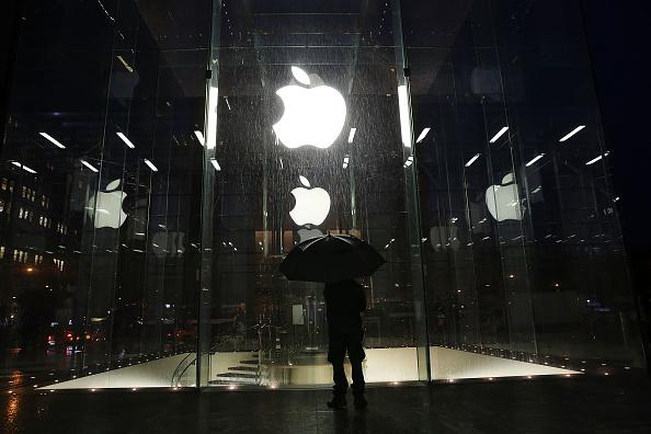 Corporate Business「Apple's New iPad Air Goes On Sale」:写真・画像(13)[壁紙.com]