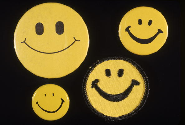 Empty「Smiley Buttons」:写真・画像(6)[壁紙.com]