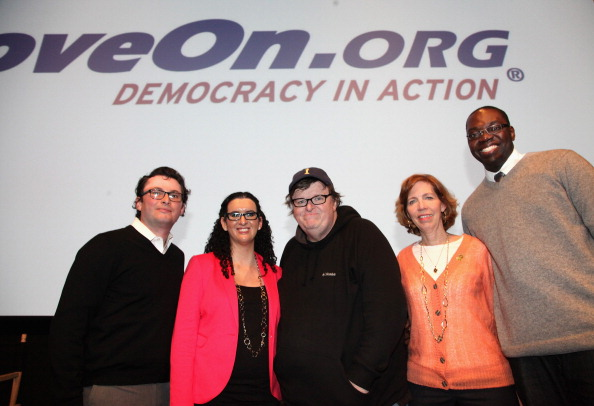 Action Movie「MoveOn.org Movie Screening And Panel On Reducing Gun Violence」:写真・画像(19)[壁紙.com]