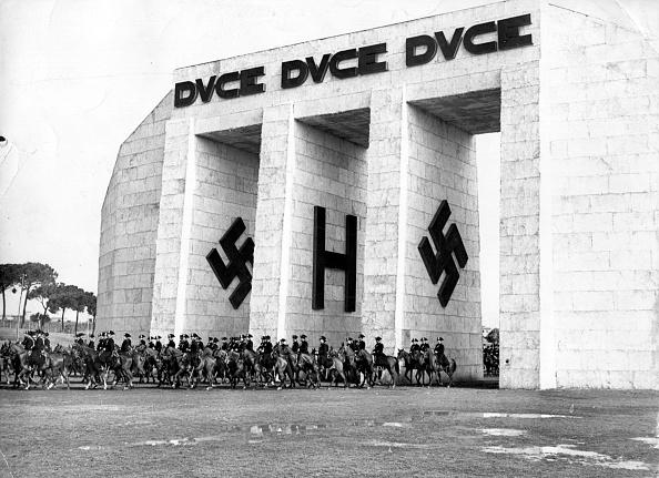 Italian Culture「Swastika Arch」:写真・画像(13)[壁紙.com]