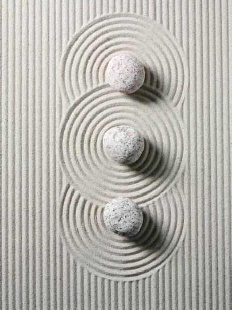 Three Zen Stones and Circles:スマホ壁紙(壁紙.com)