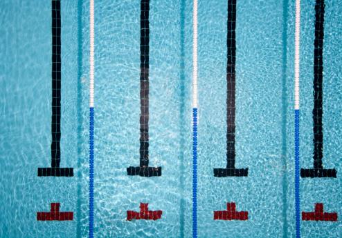 Swimming「Pool with swimmer lanes」:スマホ壁紙(2)