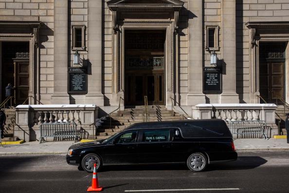 Drug Overdose「Philip Seymour Hoffman's Funeral Service」:写真・画像(16)[壁紙.com]