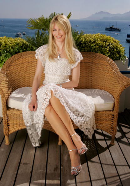 Jimmy Choo - Designer Label「Cannes - Claudia Schiffer Portraits」:写真・画像(15)[壁紙.com]